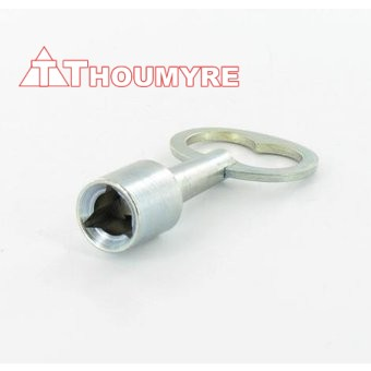 CLE TRIANGLE POMPIER 14 mm